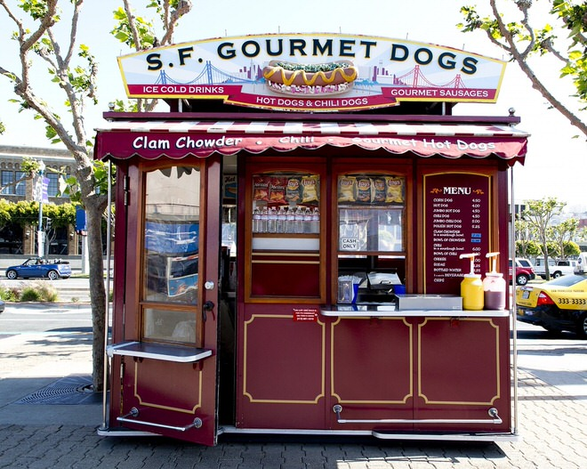 hot-dog-stand-893351_1280
